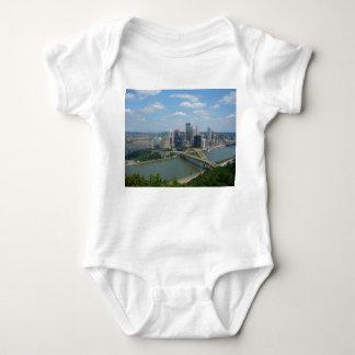 Pittsburgh horisont tshirts