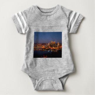 Pittsburgh natthorisont t shirts