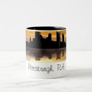 Pittsburgh PA Två-Tonad Mugg