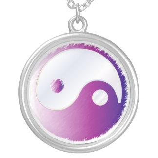 PixDezines Yin Yang, Fuschia Silverpläterat Halsband