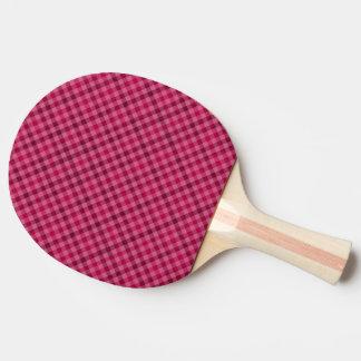 Playfully paddlar pingen Pong för Pingisracket