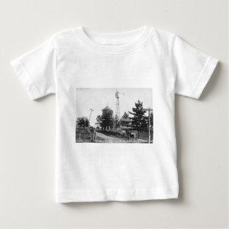 POINTE-HJÄLPBARQUES MICHIGAN Louis Pesha T Shirt