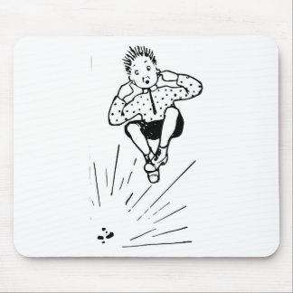 Pojke som leker med fyrverkeriillustrationen musmatta