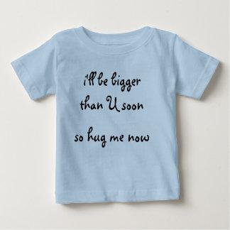 Pojket-skjortan kramar mig nu t-shirt