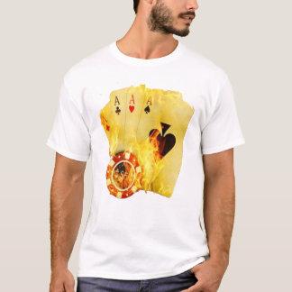 Poker avfyrar på T-tröja Tee