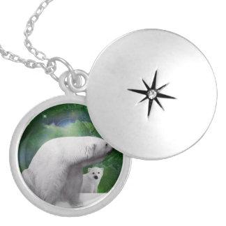 Polar björn, unge och nordlig ljusaurora silverpläterat halsband