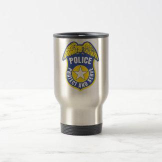 Polisen skyddar och tjänar som emblem resemugg