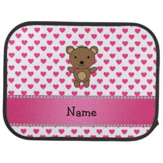 Polka dots för hjärtor för personlignamnbjörn rosa bilmatta