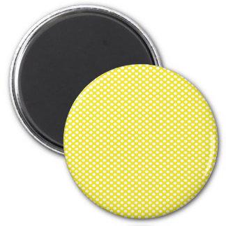 Polka dots på gult magnet