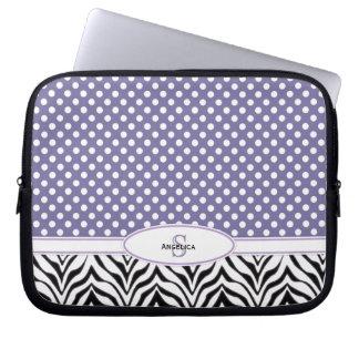 Polkadot & sebra: Monogramlaptop sleeve Laptopskydd Fodral