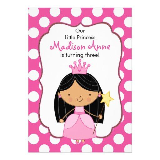 Polkaen pricker svart för Princess födelsedagsfest Anpassade Inbjudningskort