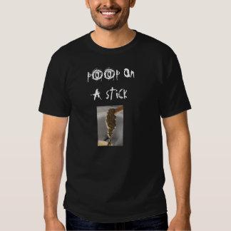 poop på en pinnemocoidplatta, p00p-nolla… t-shirts