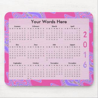 Poppar rosa lilor för mod den årliga kalendern för musmatta