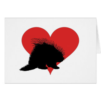 Porcupine med en stor röd hjärta hälsningskort