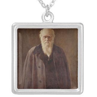 Porträtt av Charles Darwin 1883 Silverpläterat Halsband