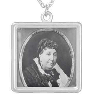 Porträtt av den George sanden Silverpläterat Halsband