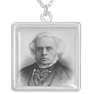 Porträtt av den ljusa högra hedervärda Johnen Silverpläterat Halsband