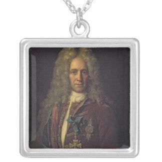 Porträtt av den statliga kanslerräkningen G. Golov Silverpläterat Halsband