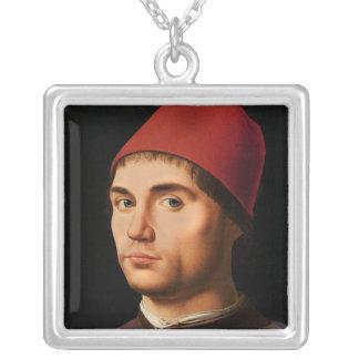 Porträtt av en man, c.1475 silverpläterat halsband