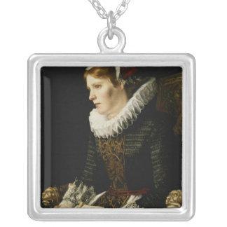 Porträtt av en nobel kvinna silverpläterat halsband