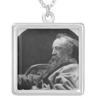 Porträtt av George Frederick watt Silverpläterat Halsband