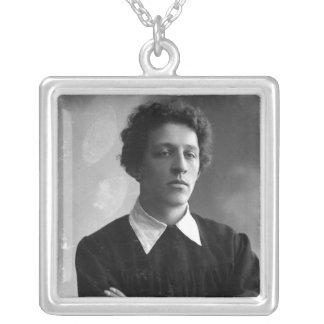Porträtt av poeten Alexander Blok Silverpläterat Halsband