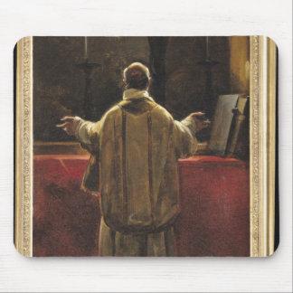 Präst på altaret musmatta