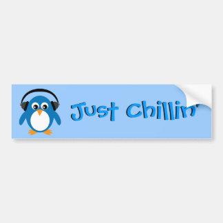 Precis Chillin pingvin med hörlurar Bildekal