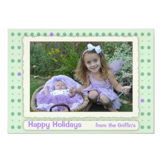 Pricker den pastellfärgade polkaen för klassikern 12,7 x 17,8 cm inbjudningskort