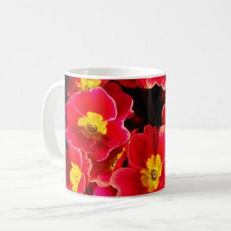 Primula i springtime kaffemugg