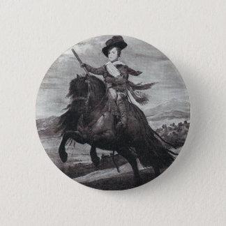 Prince Balthasar på hästrygg vid Velazque Standard Knapp Rund 5.7 Cm