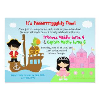 Princess- och pirattwillingar fogar ihop 12,7 x 17,8 cm inbjudningskort