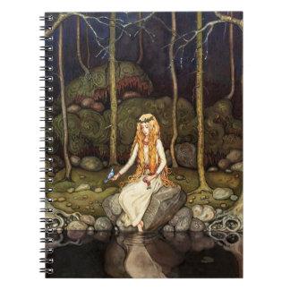 Princessen i skogen anteckningsbok med spiral