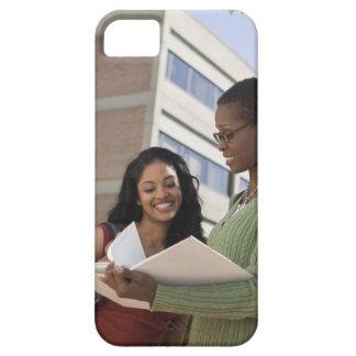 Professor med studenten iPhone 5 Case-Mate fodraler