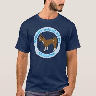 Proudly ägt av min Chihuahua T-shirts