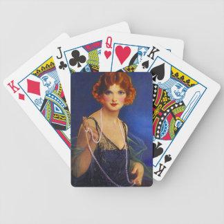 Pryder med pärlor den trendiga midnatta klaffen fö spelkort