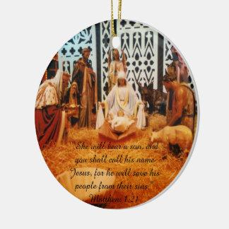 Prydnad för Matthew 1:21julkrubba Rund Julgransprydnad I Keramik