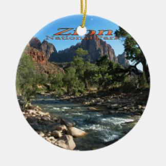 Prydnad: Jungfrulig flod och Watchman (runda) Julgransprydnad Keramik