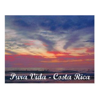 Pura Vida för Costa Rica strandsolnedgång vykort
