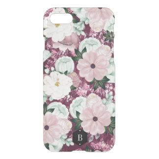 Purpurfärgad blommönsteranpassningsbarinitialer iPhone 7 skal