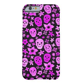 Purpurfärgad död festival för Skully skalle Barely There iPhone 6 Skal