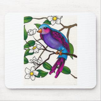 Purpurfärgad Finch på persikablommargren Musmatta