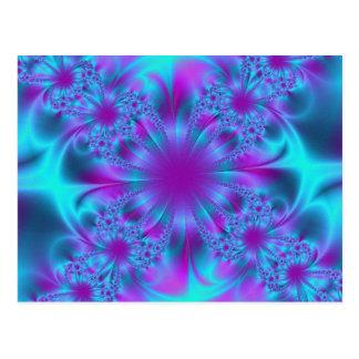 Purpurfärgad fractalillustration för blått vykort