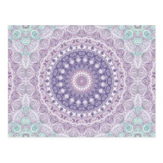 Purpurfärgad Mandala i lavendel- och havsgrönt Vykort