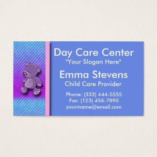 Purpurfärgad nallevisitkort Templat för barnomsorg Visitkort