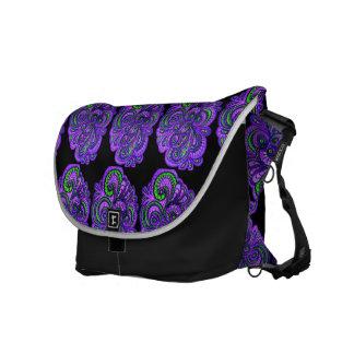 Purpurfärgad Paisley stor messenger bag