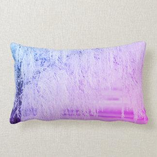Purpurfärgad snöplats som bling lumbarkudde
