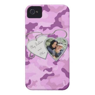 Purpurfärgade Camo min soldat & mig beställnings- iPhone 4 Cover