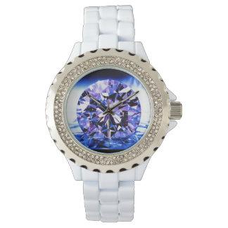 Purpurfärgade diamantdam klocka