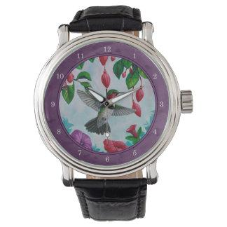 Purpurfärgade Hummingbirds och blommor Armbandsur